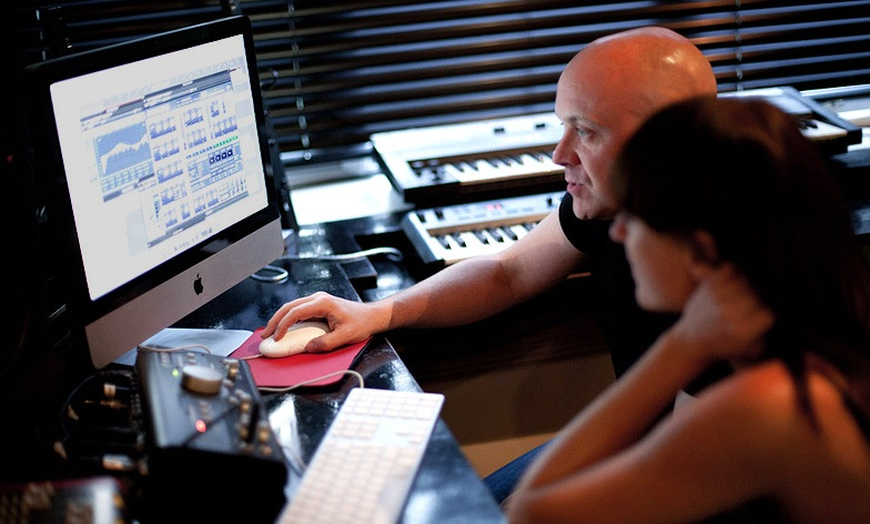 Music Internships: How To Get Your Dream Job (And Keep It