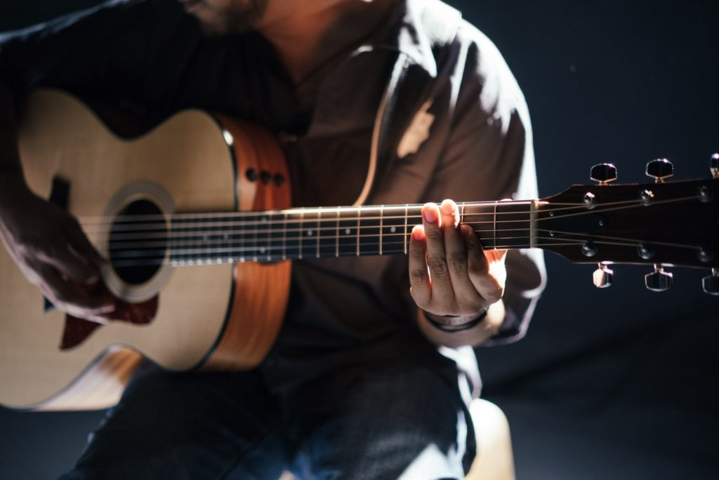 Why Guitar is the Perfect Beginner's Instrument