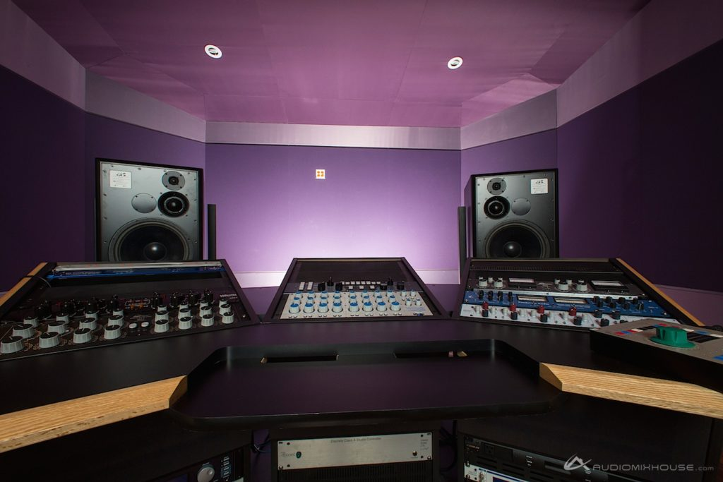 7 Mixing And Mastering Mistakes You Might Make In Your Home Studio