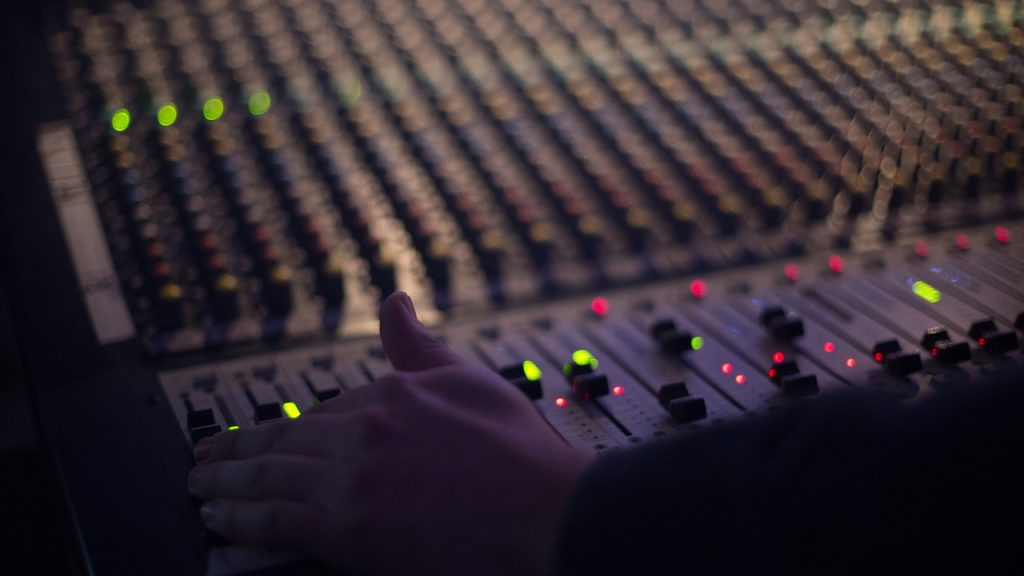 Best Audio Mixing And Mastering Services Online: Top 5