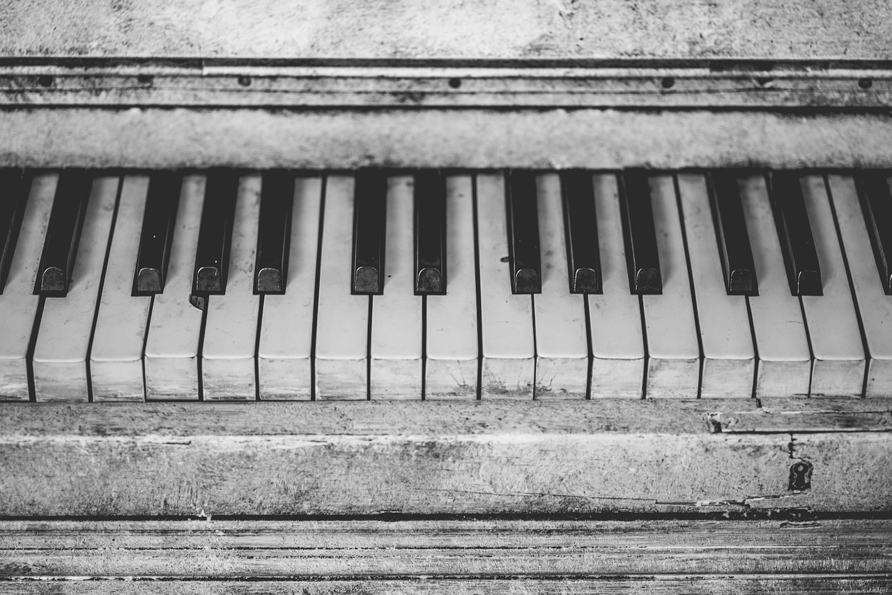 Best Piano & Ballad Beats For Sale: Top 5 Producers To Buy From