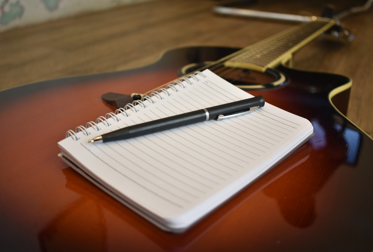 5 Best Professional Custom Songwriting & Ghostwriting Services Online