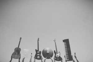 The 4 Main Types Of Music Instruments Explained By Pros